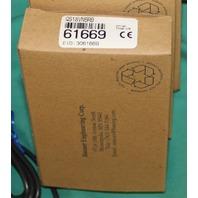 Banner 61669 QS18VN6RB Photoelectric Sensor QS18 NEW
