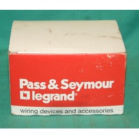 Pass & Seymour 466 Flourescent Lampholder White light 660W 1000V 10 pcs NEW